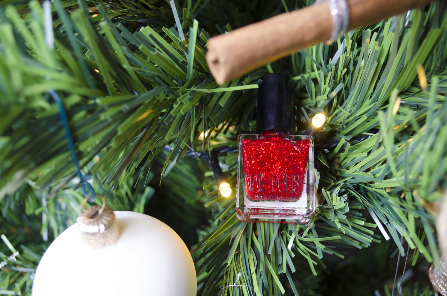 NAILCARE | FOUR COLOURS FOR THIS FESTIVE SEASON
